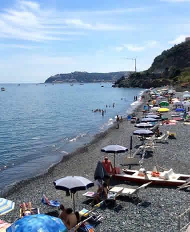 Camping per visitare Cinque Terre: scegli La Vesima tra i